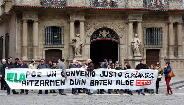 Protesta de trabajadores de Animsa, el pasado abril.