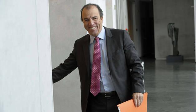 El regionalista Carlos García Adanero, en el Parlamento.