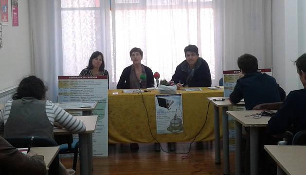 Maider Díaz, Merche Zufría y Jesús Sancha, durante la presentación.