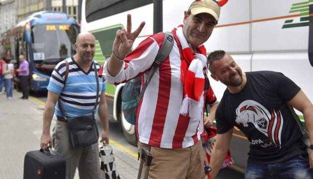 Aficionados del Athletic, rumbo a Barcelona.