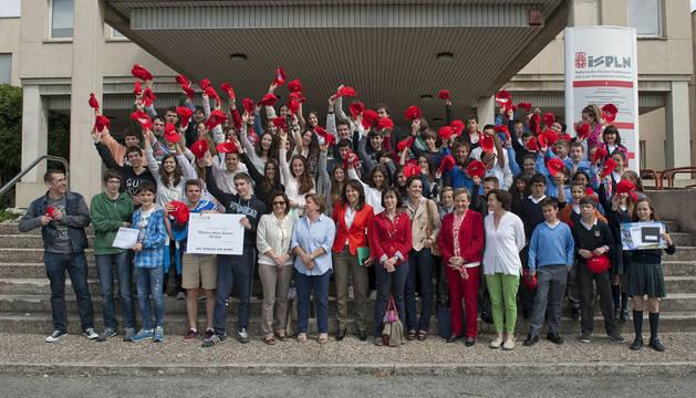 Leyre Antoñanzas y Alba Fernández ganan el concurso del Día sin Tabaco