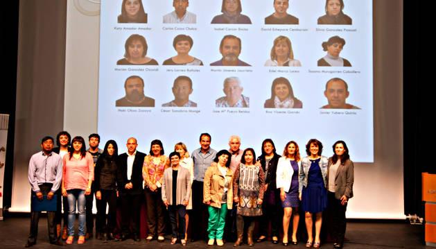 Fotografía de familia de los alumnos que han completado su formación.