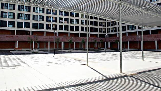 Vista de algunas bajeras en Pamplona.