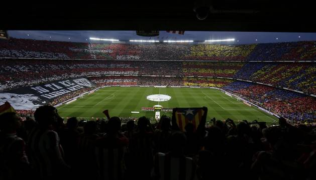 Aspecto del Camp Nou en la final.