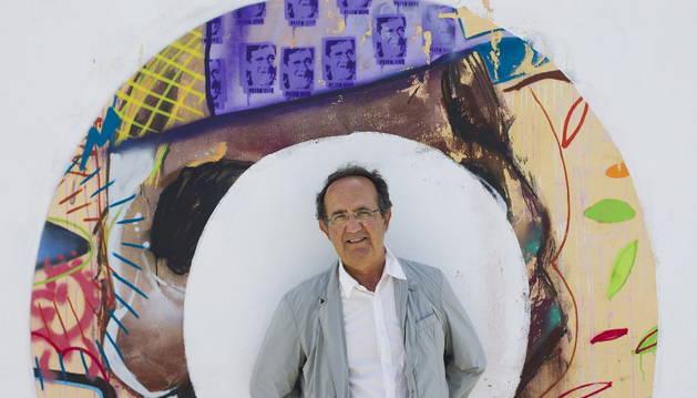 El autor de la obra sobre Valle-Inclán.