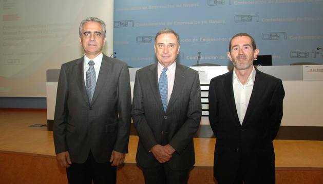 Roberto Elizalde, José Antonio Sarría e Ion Gorriti