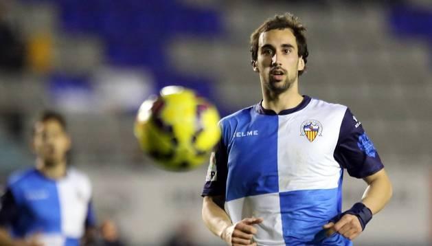 Iñigo Eguaras, con el Sabadell.