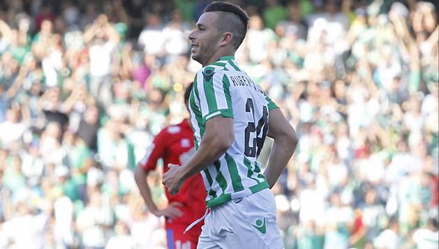 Rubén Castro.
