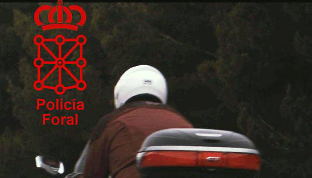 Imagen del conductor de motocicleta interceptado en la Autovía del Ebro.