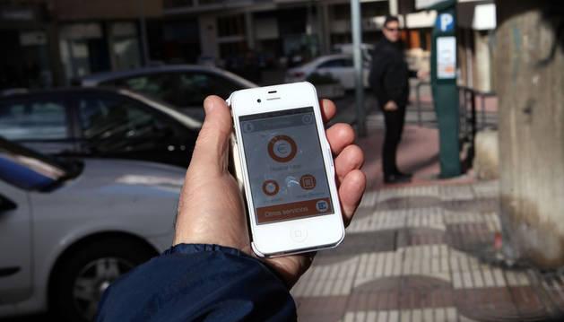 El 20% de los usuarios paga la zona azul de Pamplona con el móvil