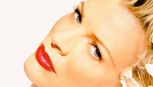 Kim Basinger: