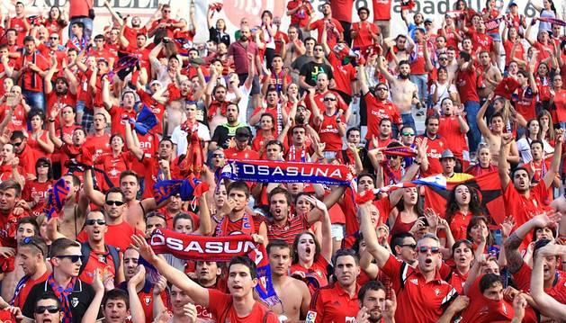 Imágenes del encuentro correspondiente a la Jornada 42 de la Liga Adelante, temporada 2014/2015, disputado en la Nova Creu Alta entre el Sabadell y el C.A. Osasuna, con empate final a dos goles y permanencia de los navarros.