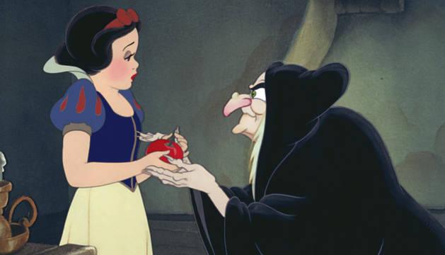 Fotograma de la película Blancanieves.