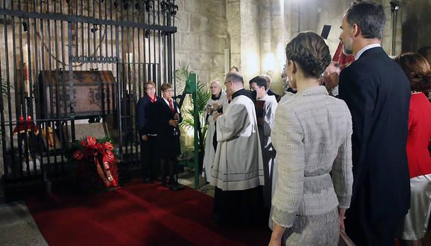 Homenaje a los Reyes de Navarra.