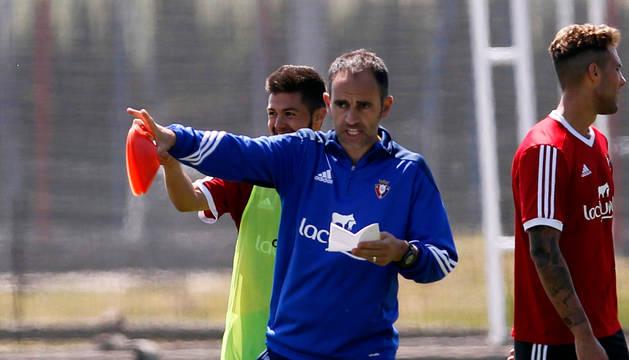 David García, entrenador de Osasuna Promesas.
