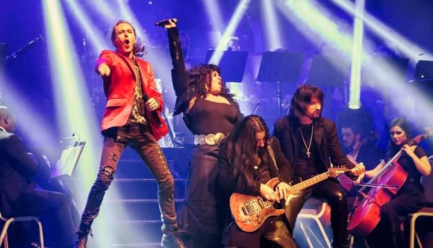 Imagen de uno de los conciertos de la gira Symphonic Rhapsody of Queen.