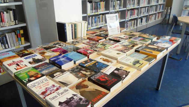 Varios de los libros de Bayona que ahora están en Yamaguchi.