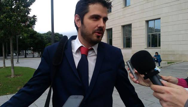 Miguel Ezkurdia, abogado de Osasuna, en la Audiencia.
