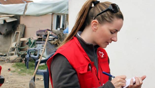 La delegada de Cruz Roja Navarra Adriana Ciriza viaja a Nepal