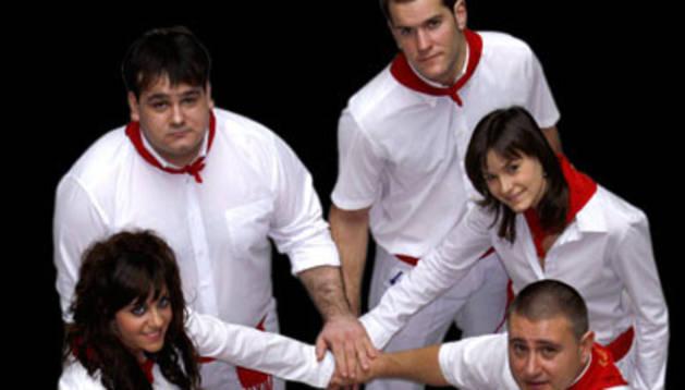 Miembros del grupo Raíces Navarras.
