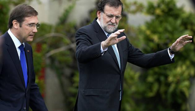 Rajoy, junto a Passos Coelho en Baiona (Portugal).