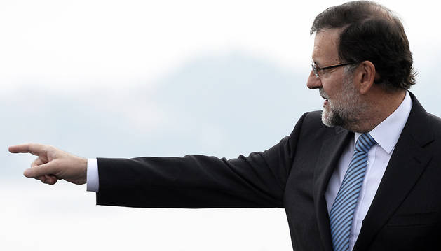 España advierte a Grecia que tensar demasiado la cuerda es perjudicial