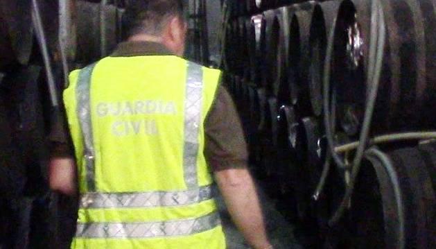 'Operación Resaca': golpe a la 'industria' del garrafón