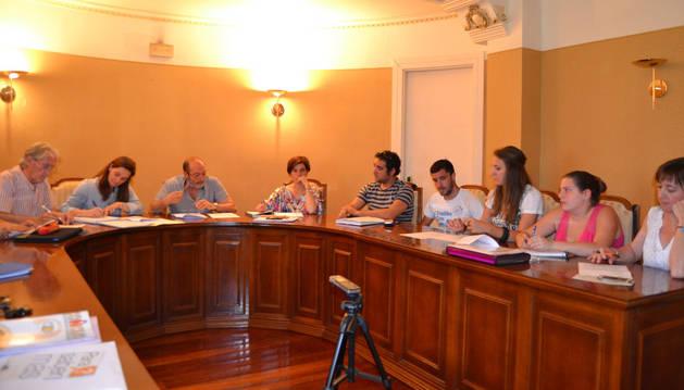 San Adrián reduce las comisiones a 9 y pone al PSN al frente de todas