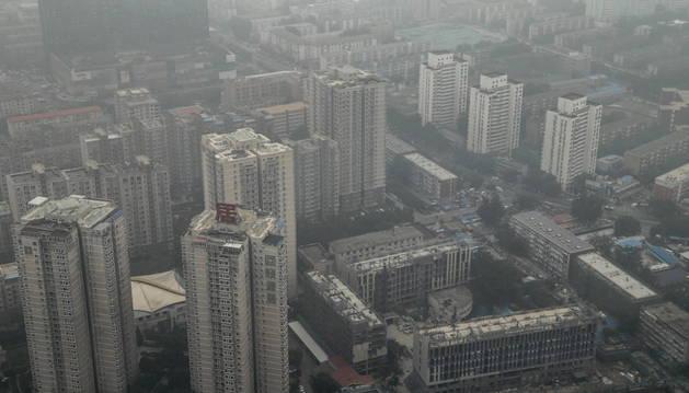 Vista general de los rascacielos de Pekín (China).