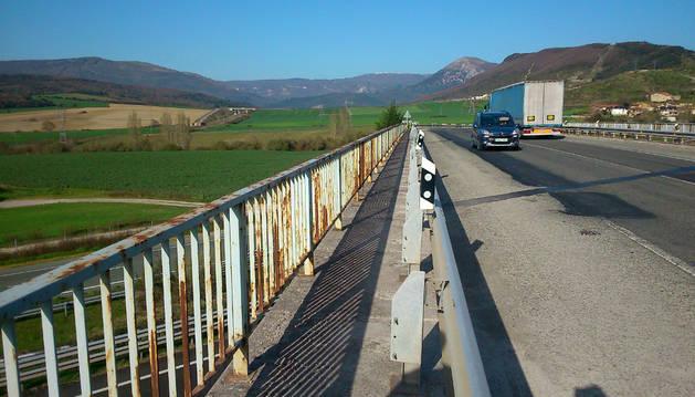 La carretera N-240-A, en las inmediaciones de Erice de Iza.
