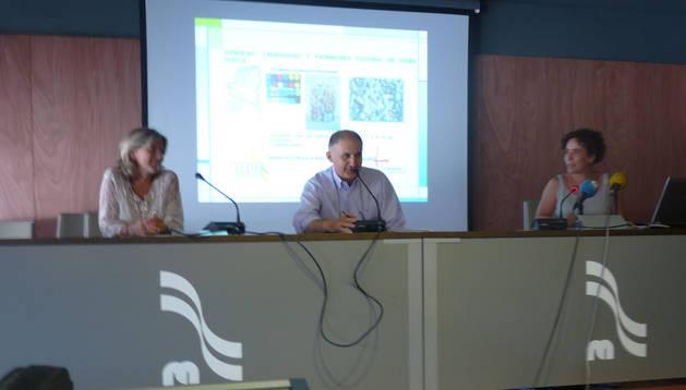 Gemma Botín, Pedro Mangado e Irache Roa, en la rueda de prensa.