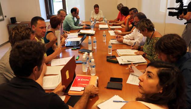 Una de las reuniones para formar nuevo Gobierno.