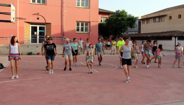 Una de las clases de danzas populares.