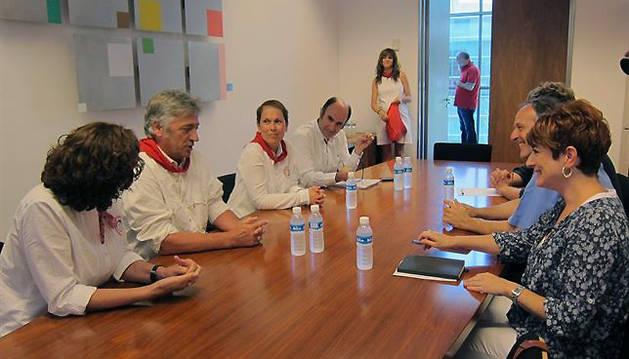 Imagen de la reunión de Geroa Bai y EH Bildu.