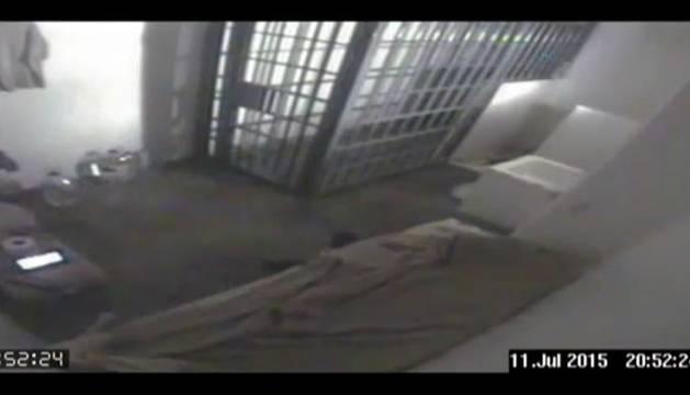 México muestra los últimos momentos de 'El Chapo' en la cárcel