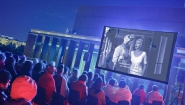 Edición anterior del RoofTop Cinema, en la terraza de Baluarte.