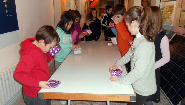 Una visita escolar al Museo de Educación Ambiental.