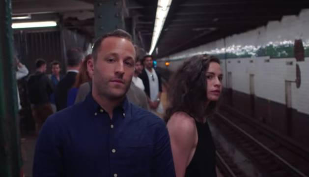 Fotograma del vídeo-poema 'Subway Love'