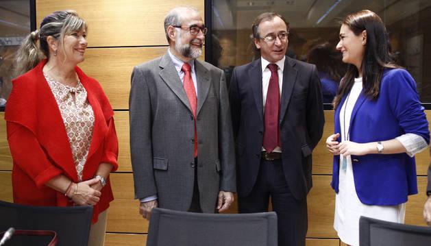 Fernando Domínguez, junto a Alfonso Alonso.
