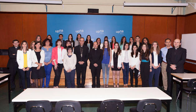 Los nuevos graduados en el curso 2014-15.