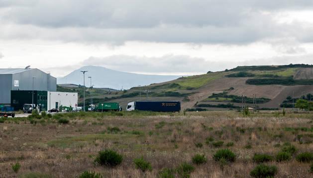 Vista parcial del polígono de la meseta de Salinas, ya urbanizado, y donde se ha autorizado el matadero.