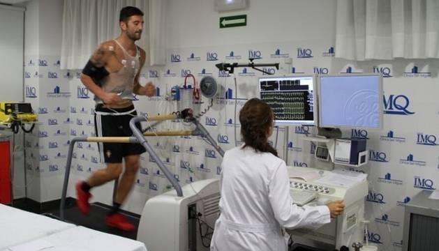 Bogdan Milic, durante el reconocimiento médico.