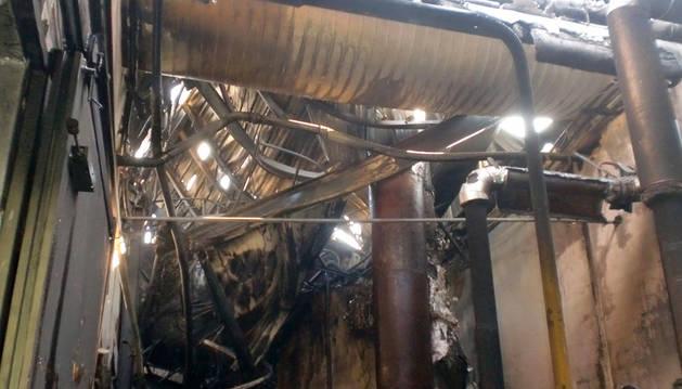 Un incendio provoca importantes daños en una empresa de Ibiricu