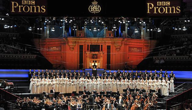 El Orfeón Pamplonés , en los Proms de Londres.