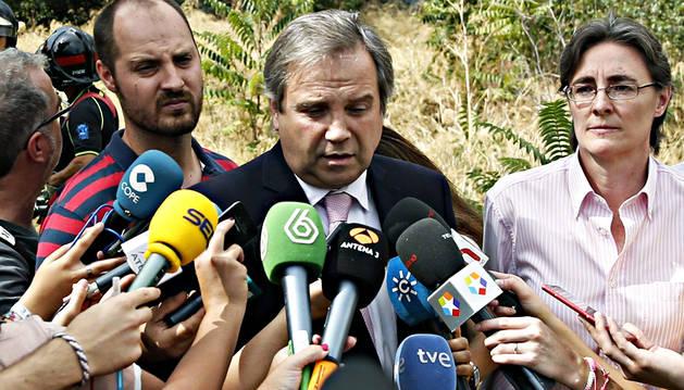 El PSOE-M estudia hoy el posible relevo de Antonio Miguel Carmona