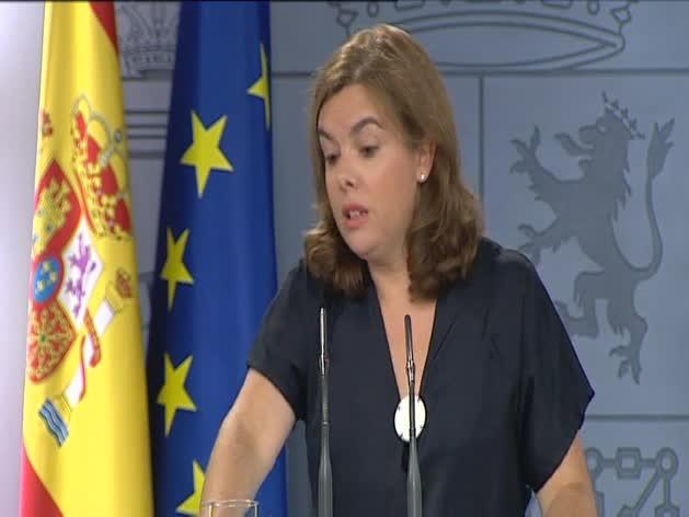 Sáenz de Santamaría se dirige al gobierno de Artur Mas