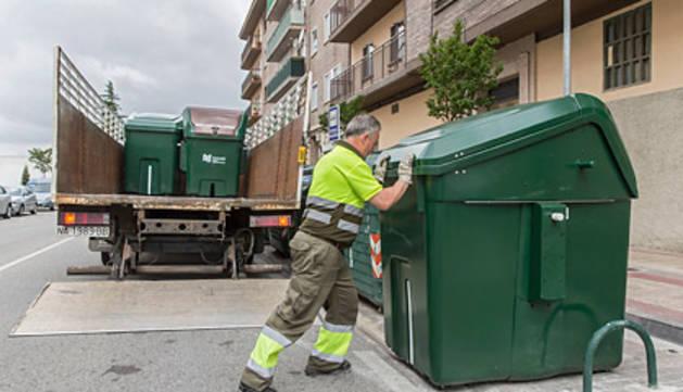 Sustitución de los contenedores de materia orgánica.