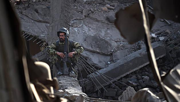 Un camión bomba causa al menos ocho muertos en Kabul (Afganistán)