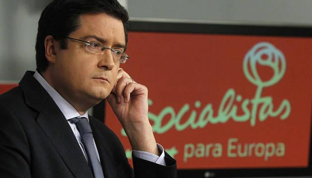 Óscar López.