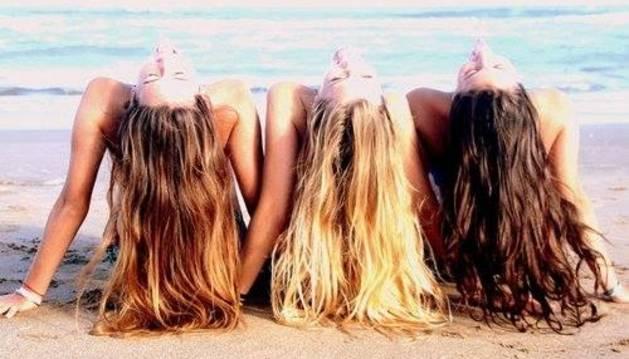 El cabello necesita entre un 15 y un 17 por ciento de agua para mantenerse hidratado.